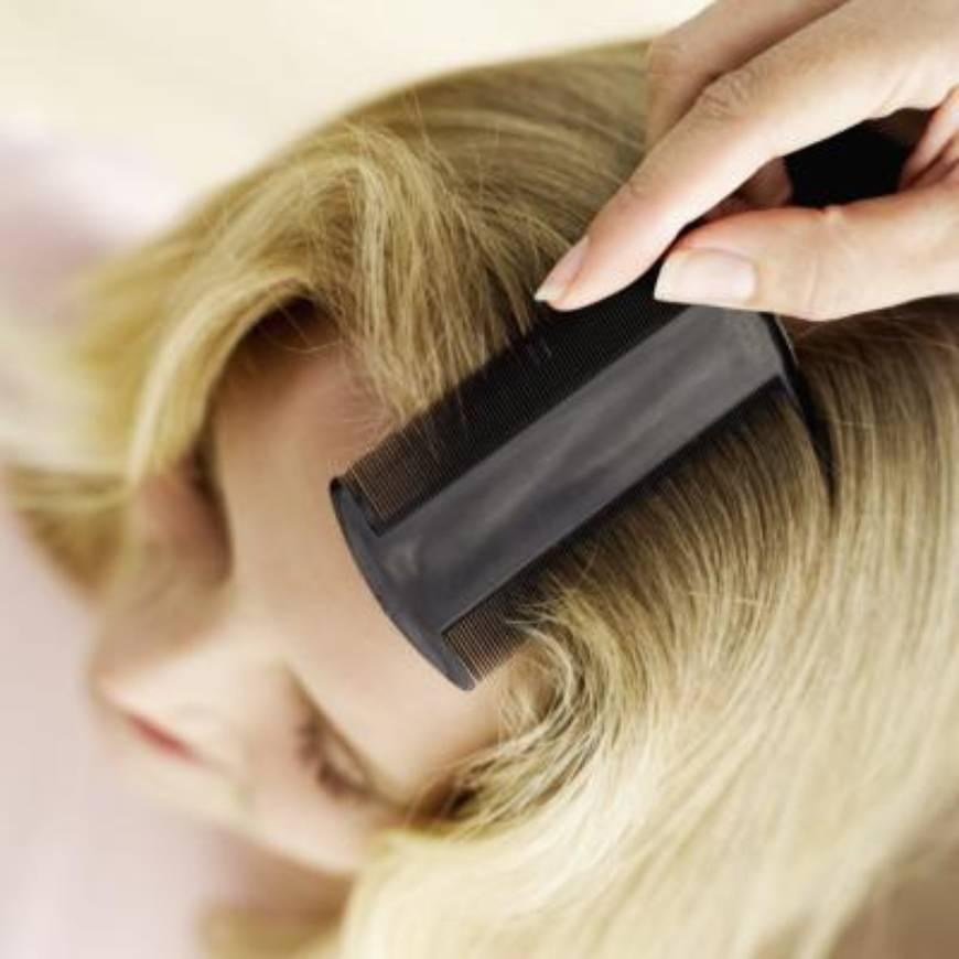 Расчесывание окрашенных волос