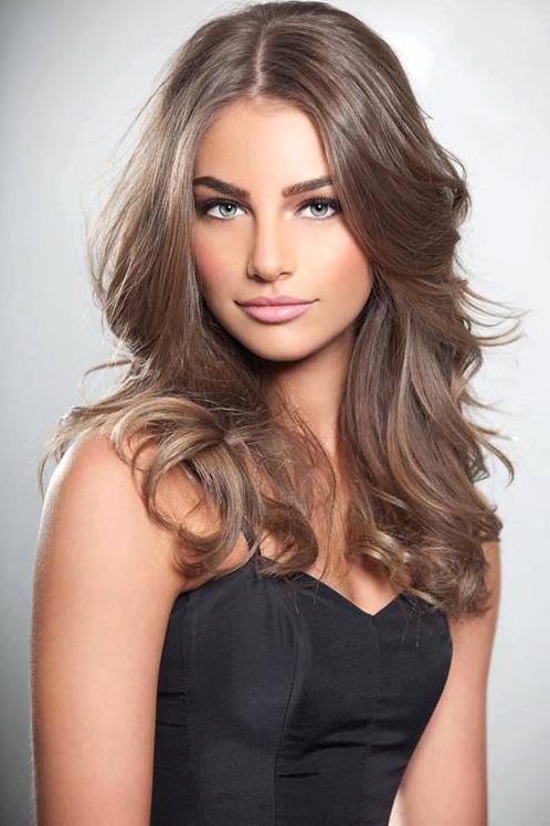 Средне-русые волосы
