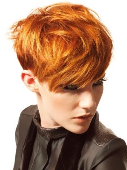 Короткая стрижка с рыжими волосами