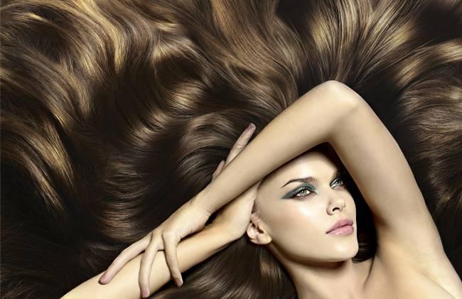 Роскошные волосы девушки