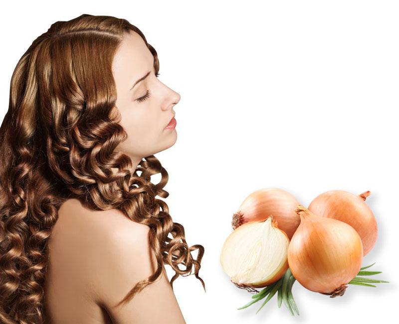 Девушка и лук для волос