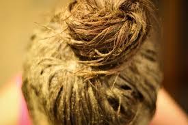 Волосы с маской из хны