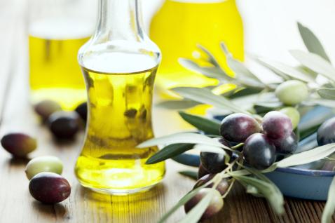 Олива применяется и в косметологии, и в кулинарии