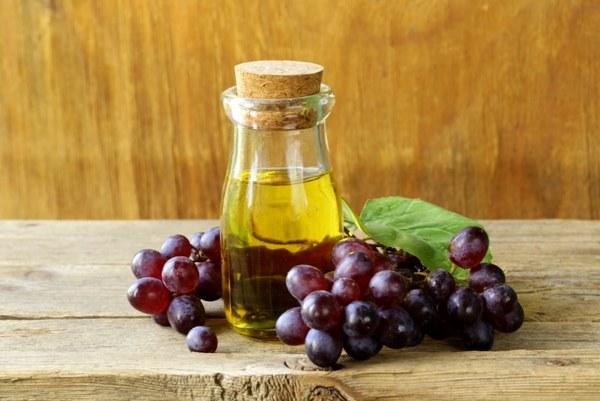 Полезное масло из винограда