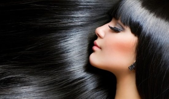 Восточная красавица с роскошными волосами