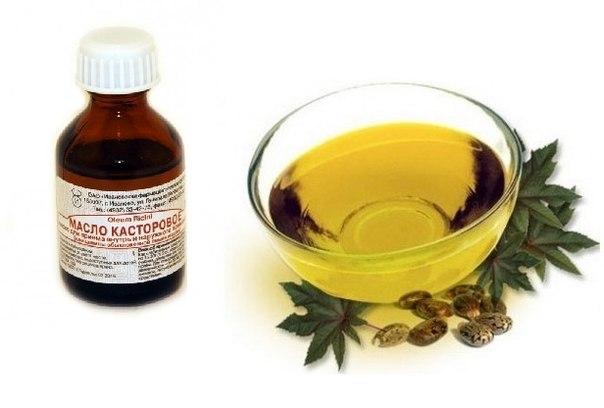 Касторовое масло в прозрачной миске